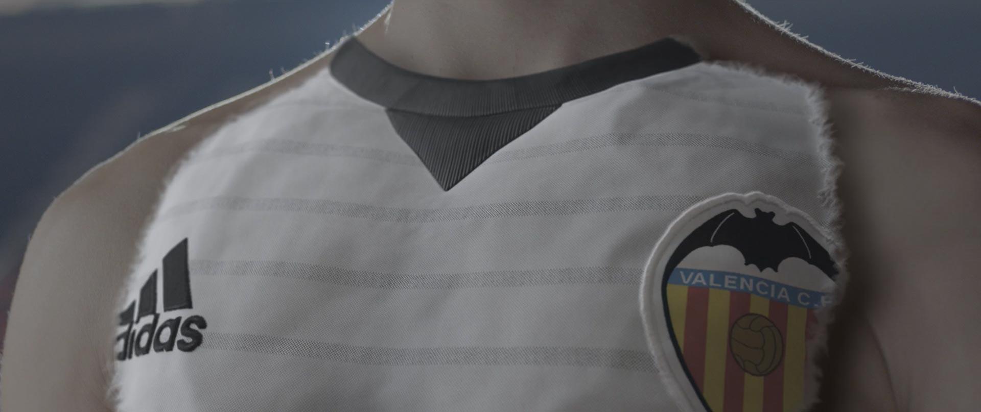 Virtual Art anuncio Camiseta Valencia CF 2017 animación 3D